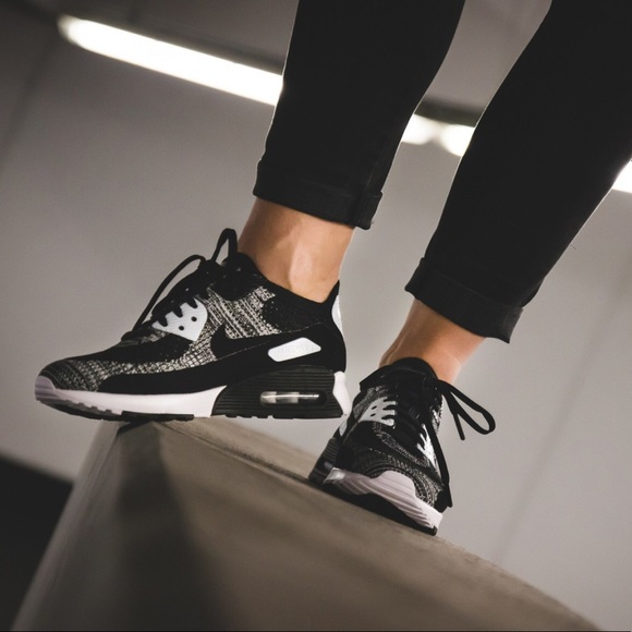 cheap for discount a3594 23864 Brand New Nike Air Max 90 Ultra 2.0 Flyknit Oreo